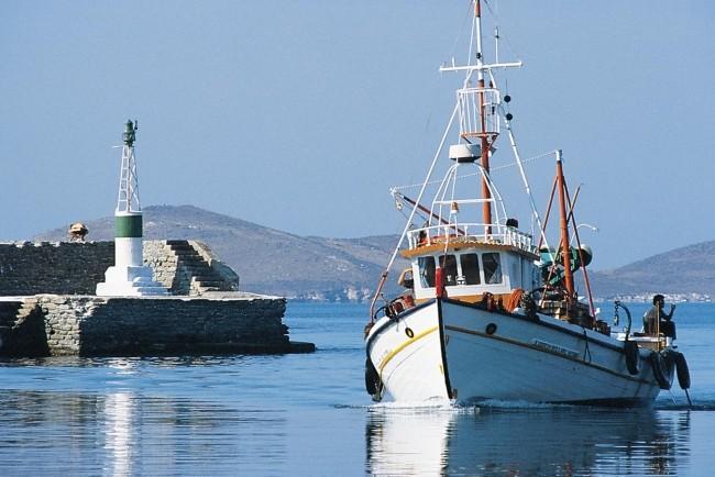 mar-125-Fishboats17